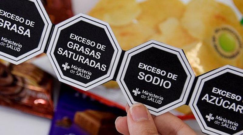 Chile pone en aprietos a marcas de alimentos por regulación